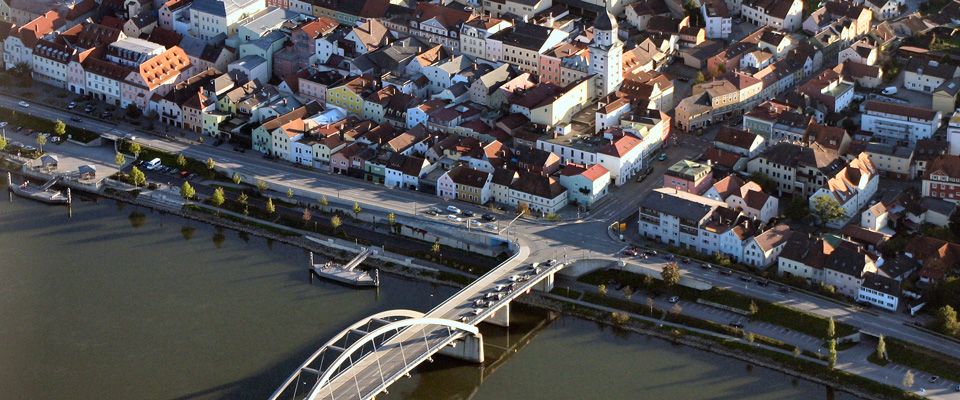 Donaubruecke.jpg
